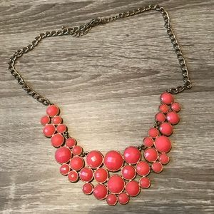 Francesca's CORAL NECKLACE